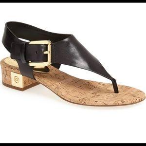 Michael kors 7.5 black London thong sandals